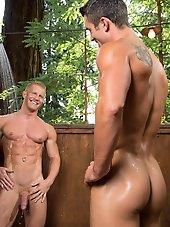 Naughty Pines with Ryan Rose and Johnny V